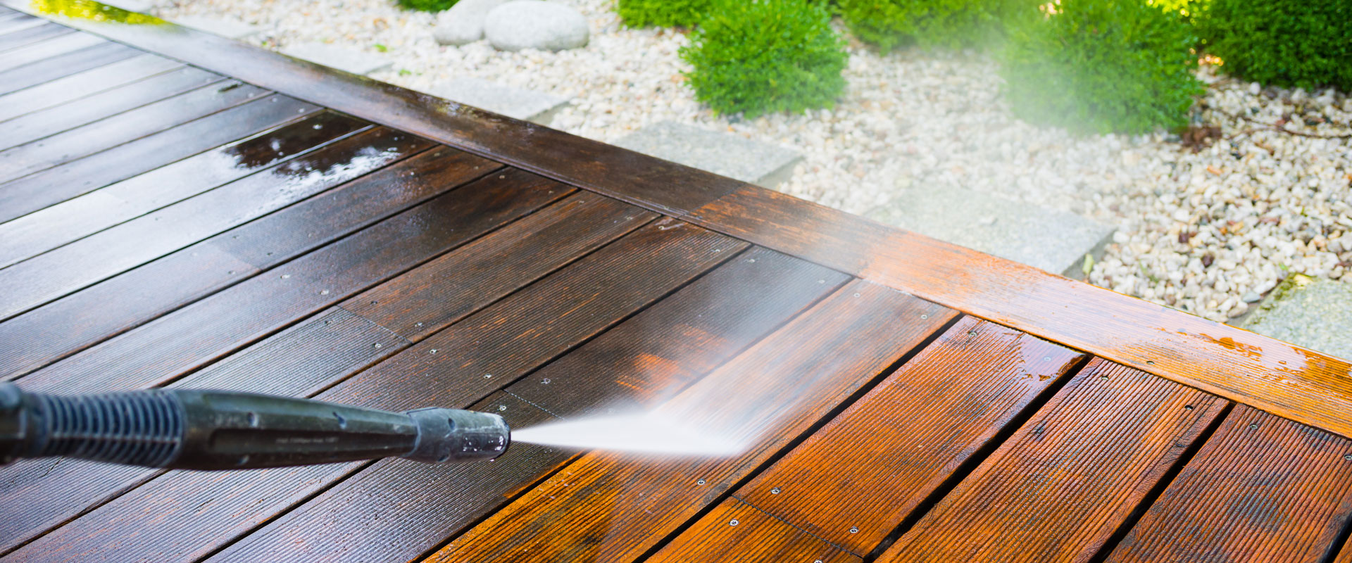 Painting Wooden Fencing